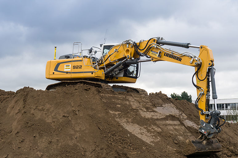 Liebherr excavator fitted with a MOBA 3D Xsite system