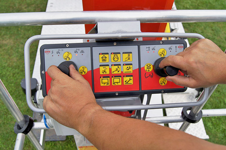 operating panel for optimal work platform control