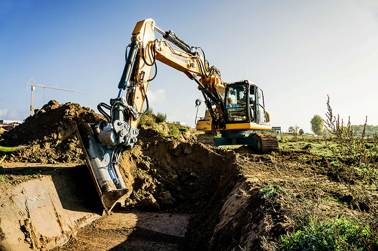 Liebherr 922 excavator with 3D digging system