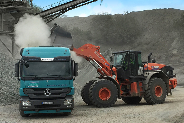 wheel loader truck in mining industry