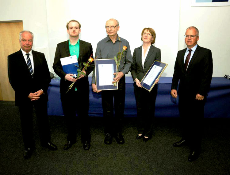 Award handover, photo: IHK Dresden, photographer: Mr. von Oheimb
